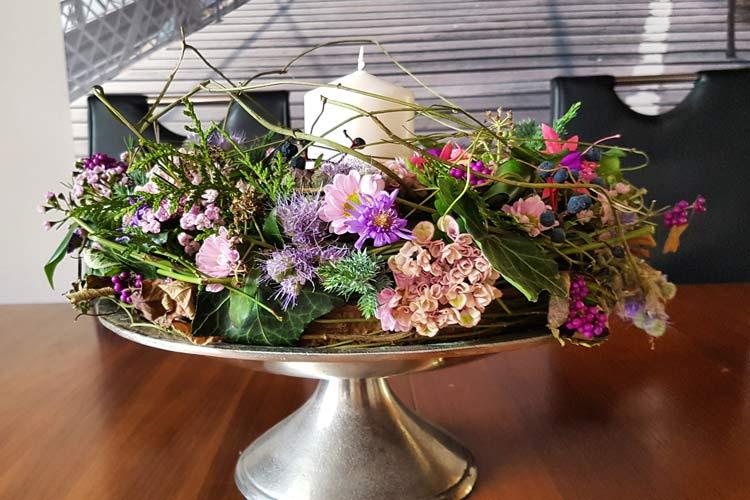Die Blumen Garage: Sträuße, Gestecke Und Dekoration Aus